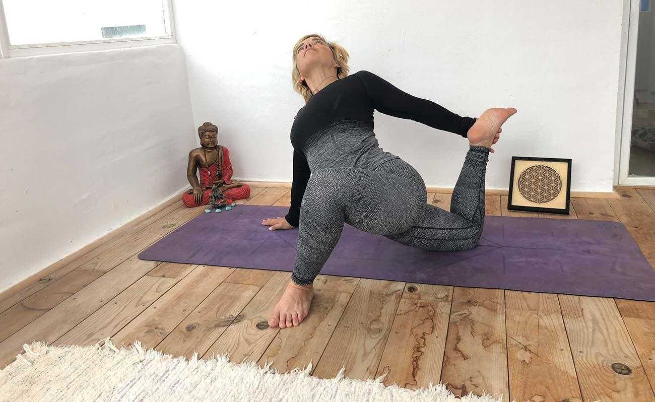 halado yin joga oktatoi kepzes kep 2
